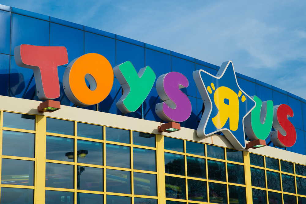 What happened to Toys R Us and Maplin?